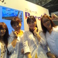 左)藤本梨沙さん、里奈、和田瑠璃葉さん、鈴木瞳さん