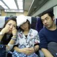 右)役者・佐藤耕さん、菅原春美さん、私