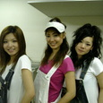 OneSeven(左・Mariko、右・Miharu)